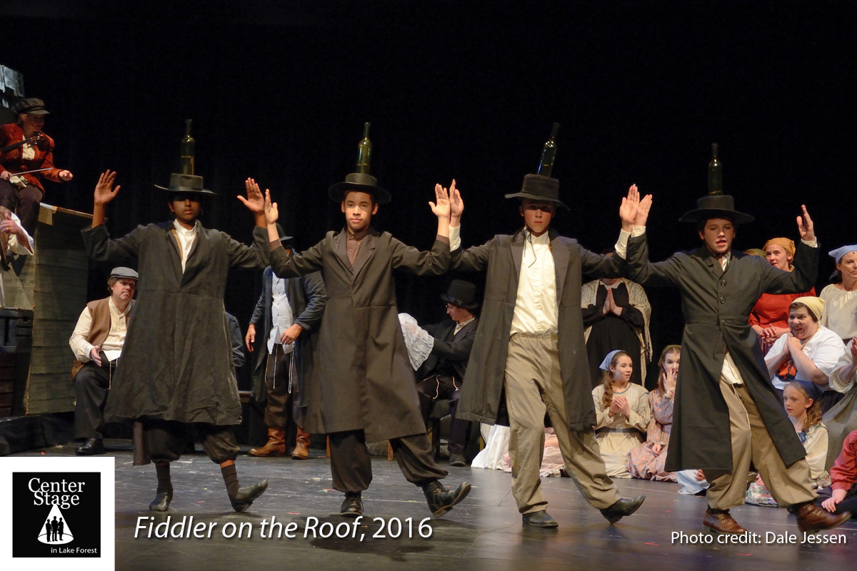 Fiddler-on-the-Roof_159