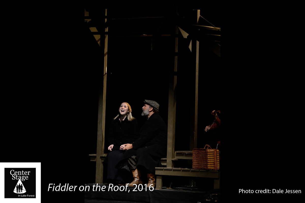 Fiddler-on-the-Roof_204