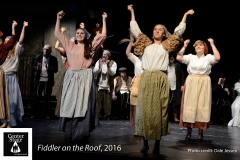 Fiddler-on-the-Roof_154