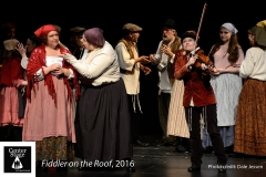 Fiddler-on-the-Roof_196